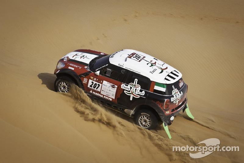 Vasilyev leading the Abu Dhabi Desert Challenge