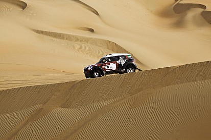 Vasilyev moves within sight of victory in Abu Dhabi Challenge.
