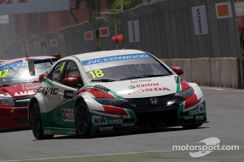 Honda Civics earn front row grid position after tough WTCC opener