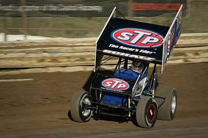 Tony Stewart Racing teammates tackle highbanks in Oklahoma