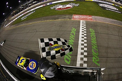 Harvick dominates in seventh Nationwide Series win at Richmond