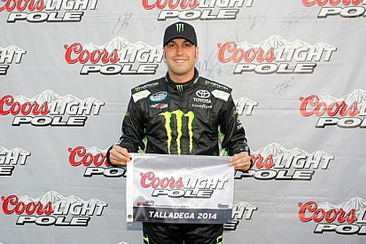 Hornish earns Nationwide pole in JGR 1-2-3