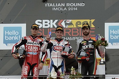 Rea takes double and becomes championship leader