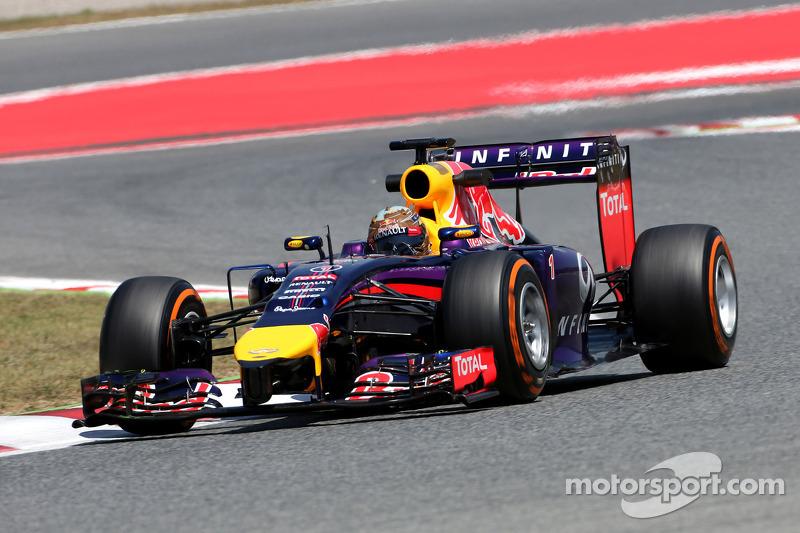 Vettel 'working for his money' in 2014 - Ricciardo