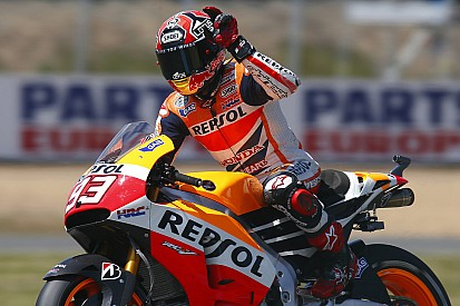 Marquez maintains unbeaten season record with solid victory in Le Mans