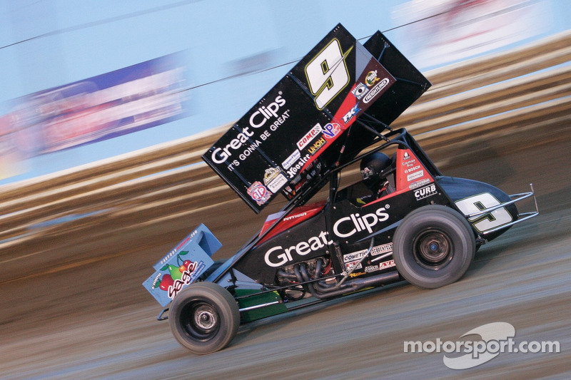 Daryn Pittman wins fourth in a row at the NAPA Outlaws Classic at New Egypt Speedway