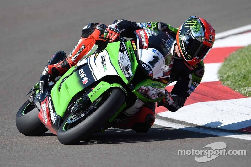 Sykes wins opening race at Donington Park