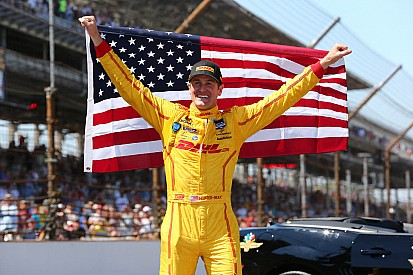Ryan Hunter-Reay wins at Indy