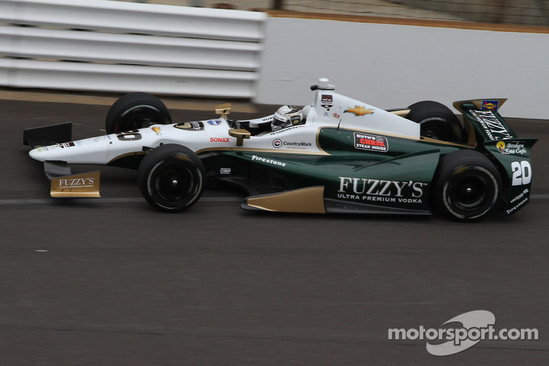 Carpenter's strong run ends quickly Sunday in Indy 500