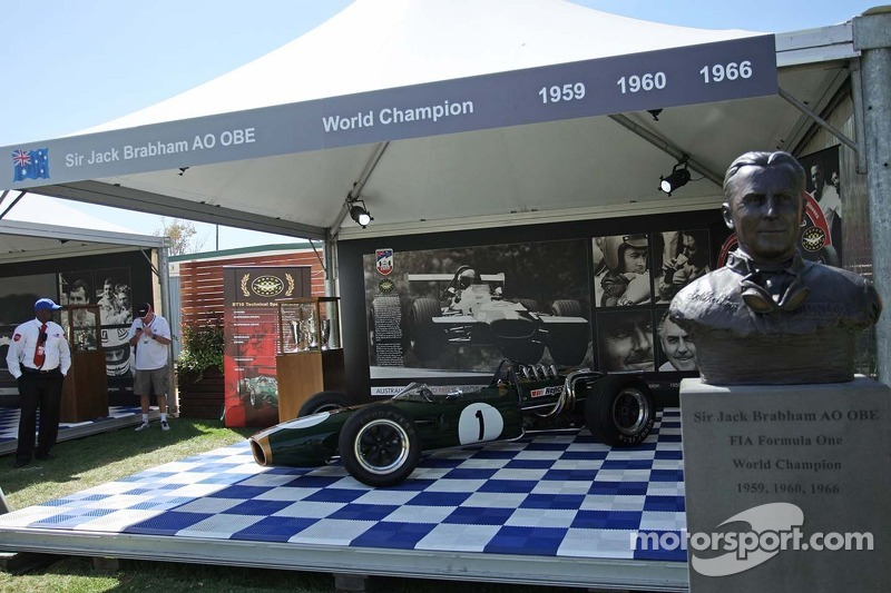 Silverstone to commemorate Sir Jack Brabham in historic 50th Grand Prix parades