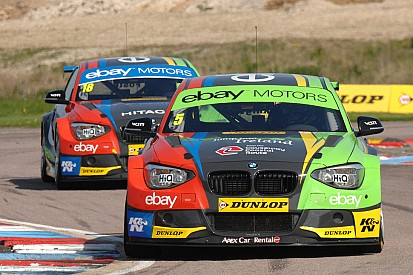 Colin Turkington tops qualifying after final ten minute showdown at Oulton Park