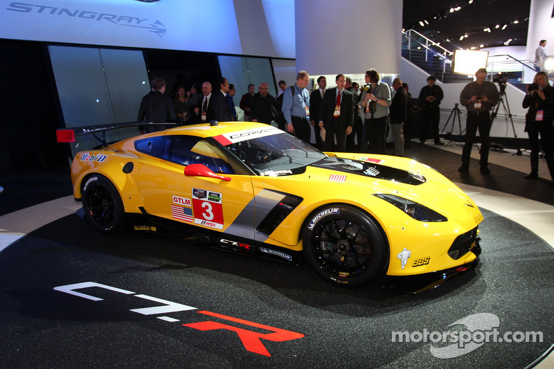 Le Mans: Corvette fans can ride along with the team