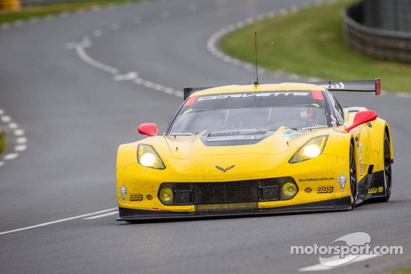Corvette at Le Mans: Fourth and ninth after first qualifying session
