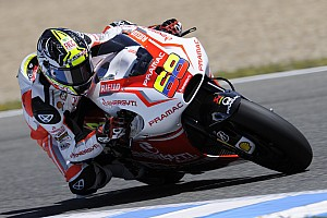 MotoGP Qualifying report Excellent third row for Yonny Hernandez, eleventh time for Andrea Iannone