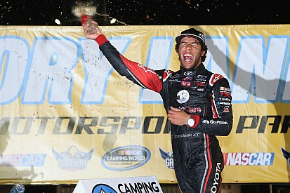 Darrell Wallace Jr. takes NASCAR Camping World truck win at Gateway