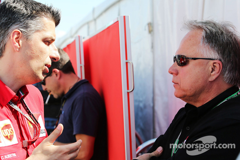 Haas eyes 'pay driver' for 2016 seat