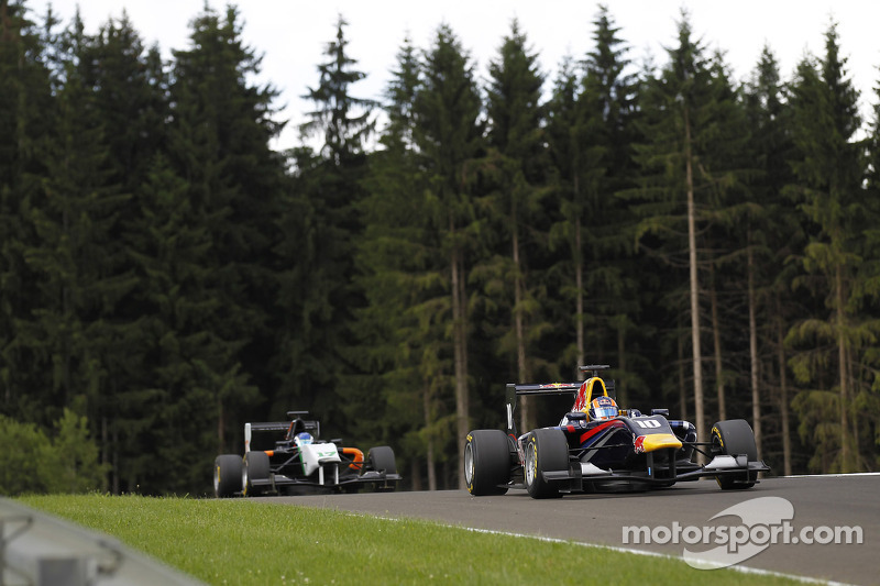 Lynn romps to pole at the Red Bull Ring