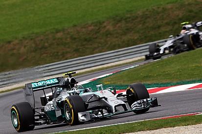 Rosberg qualifies third and Hamilton ninth for tomorrow's Austrian GP