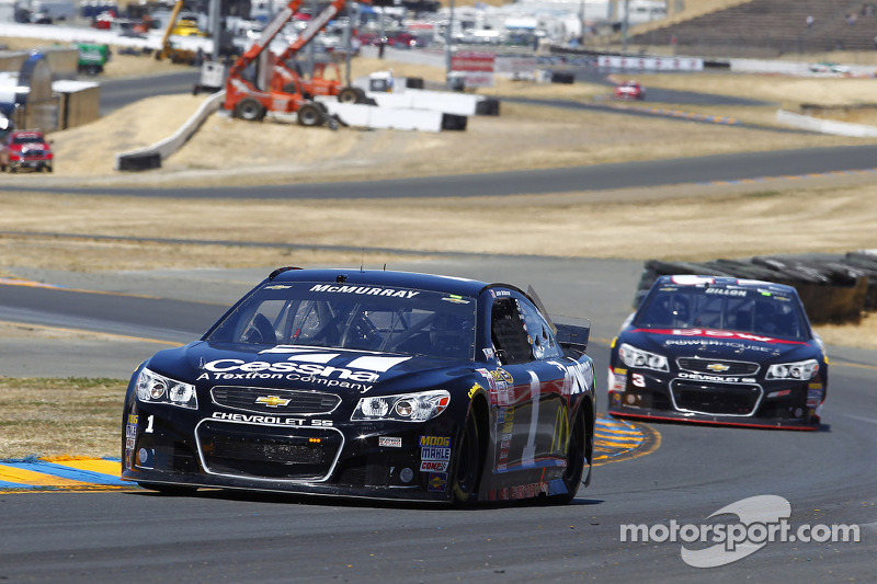 Late record run gives Sonoma pole to Jamie McMurray