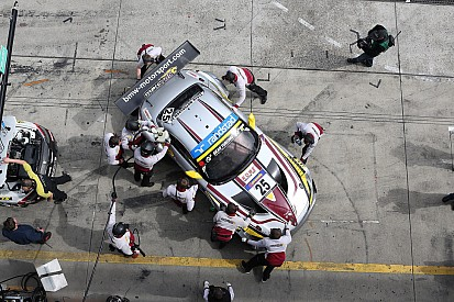 Cruel luck bites Marc VDS at 24 Hours of Nürburgring