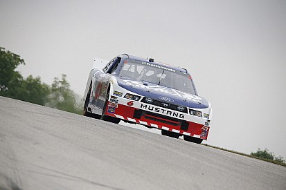 Bayne records sixth-straight top-15 finish at Kentucky