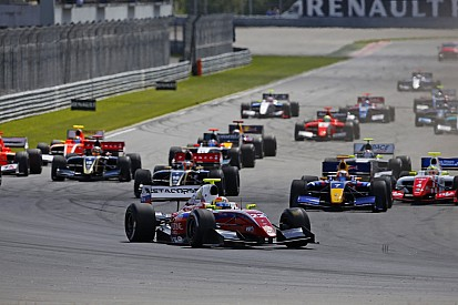 First win for Roberto Merhi and Zeta Corse in Moscow