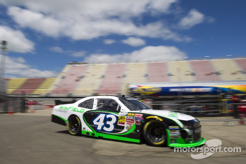 Rain shortens Nationwide qualifying, puts Armstrong on the pole for tonight