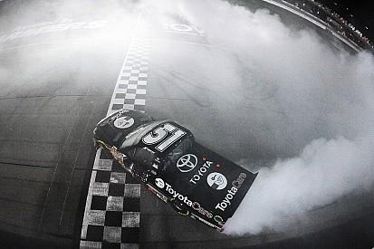 Erik Jones posts first truck win at Iowa Speedway