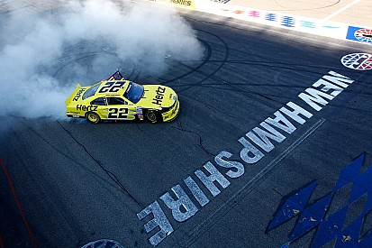 Keselowski dominates Nationwide race at New Hampshire