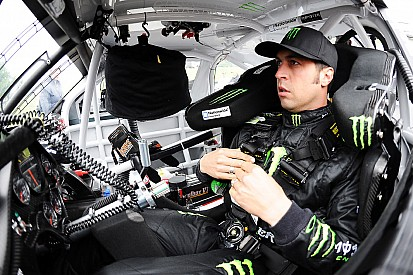 Sam Hornish Jr. is sidelined early