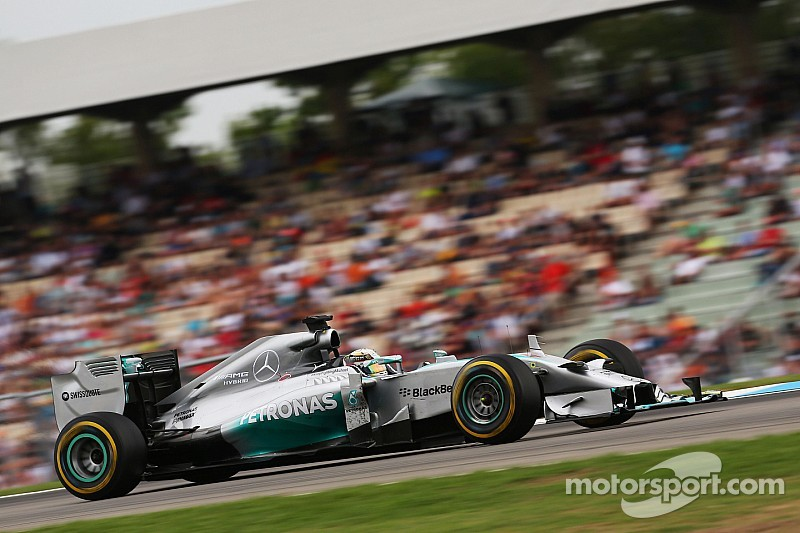 Lewis and Nico set for win at Hungary