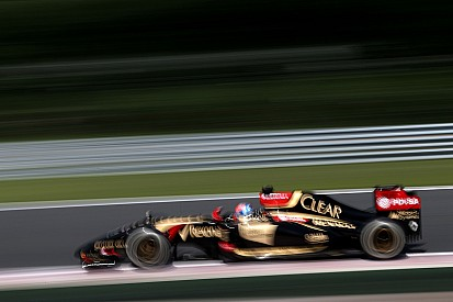 Maldonado's car stops in Q1 and Grosjean qualify in fifteenth for the Hungarian GP