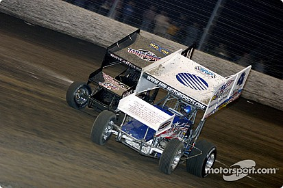 Shane Stewart makes last lap pass to win Knoxville Nationals qualifier