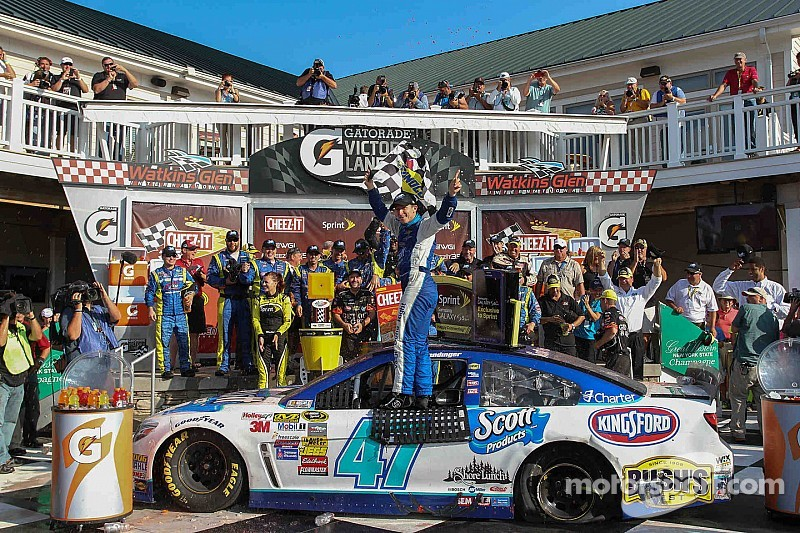 Allmendinger races his way into Chase with stunning victory at Watkins Glen