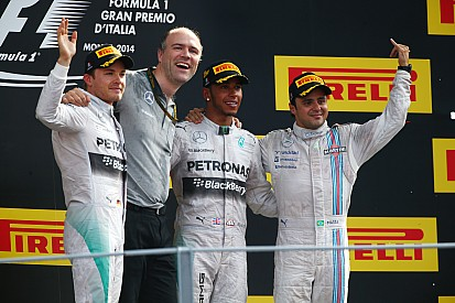 Hamilton capitalizes on mistake by Rosberg to win the Italian GP