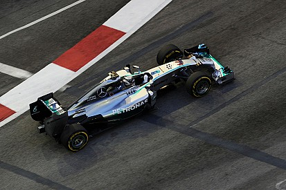 Mercedes began the Singapore GP weekend at the top of the time sheets