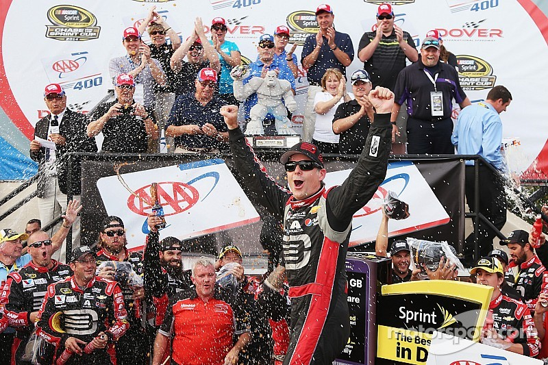 Gordon wins at Dover for the first time since 2001