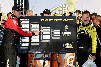 Keselowski keeps Sprint Cup title hopes alive with dramatic win at Talladega