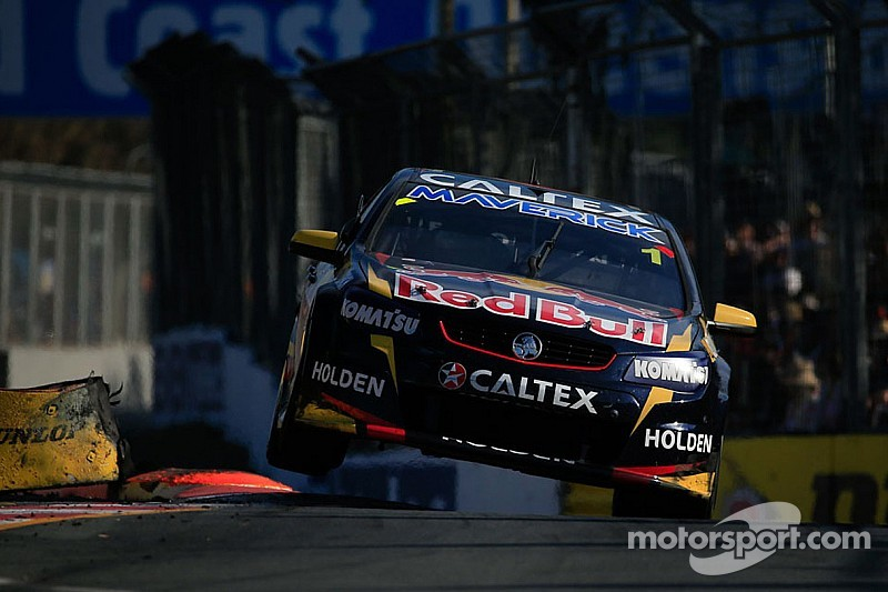 Whincup/Dumbrell win at the Gold Coast and take Enduro Cup victory