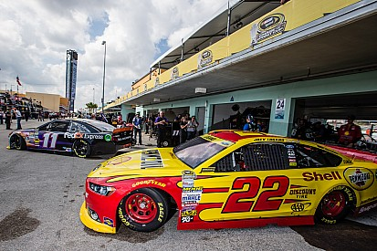 Three manufacturers going for Sprint Cup championship