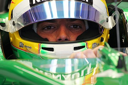 Merhi in Abu Dhabi with Caterham race hopes