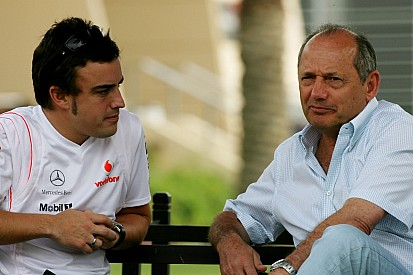 Driver reunion could make McLaren stronger - Dennis