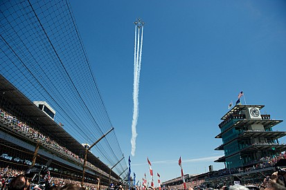 IndyCar, loosen your grip