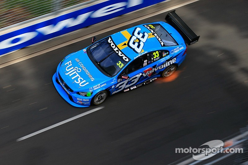 McLaughlin takes pole position for final V8SC race of 2014