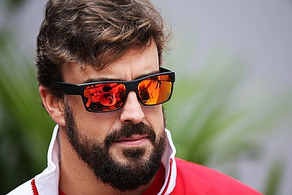 New rumours take hold amid McLaren driver delay