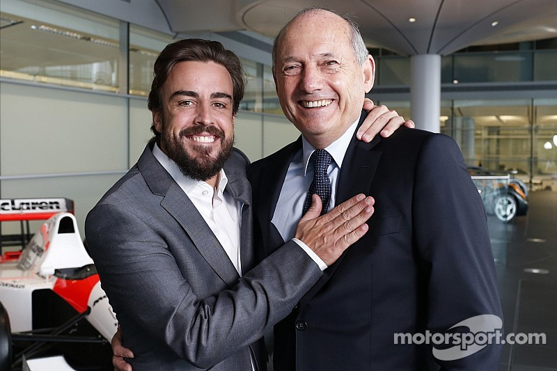 "Alonso turned down ""tempting"" offers to commit to McLaren"