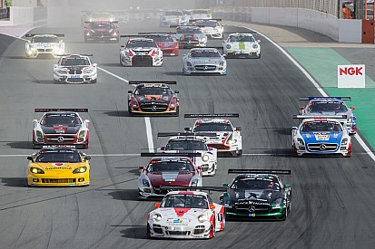 Fierce battle for the lead in first hour Hankook 24H Dubai