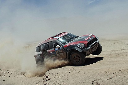 Orlando Terranova wins stage seven at the 2015 Dakar Rally