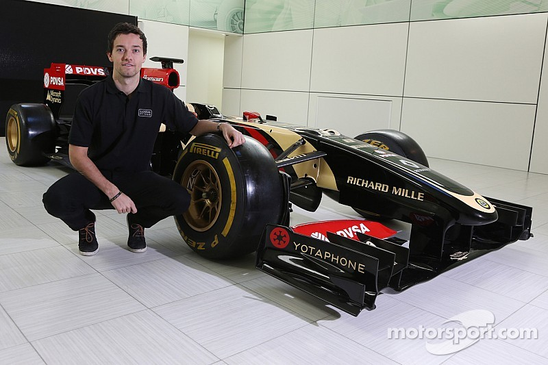 Palmer lands third driver role at Lotus