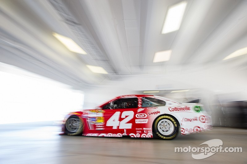Kyle Larson unabashed about setting lofty goals for 2015